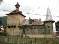 ...und ein Gebäude neben Dracula.