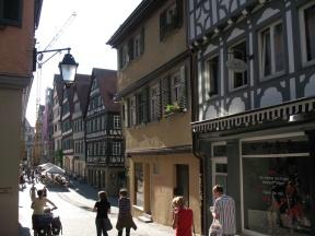 Aber das hier ist Tübingen,...