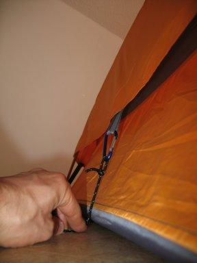 Ein klein wenig Schutz gegen Zugluft (das Seil befindet sich nicht im Lieferumfang).