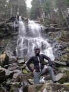 Fotoshooting am Wasserfall.