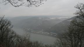 Der Rhein bei Bingen.