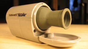 Die Therm-a-Rest NeoAir Minipumpe.